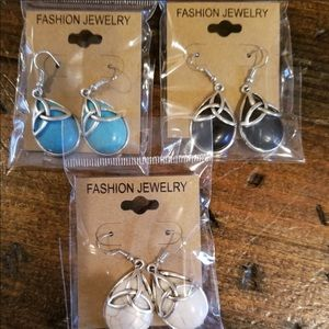 💰3/$15💰 Fashion Drop Earrings